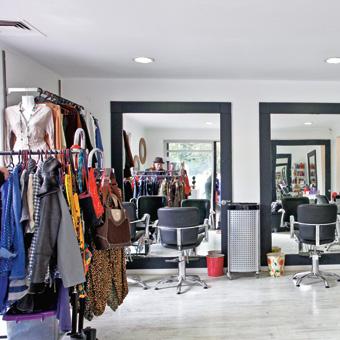 Imagen de peluquería y tienda de ropa